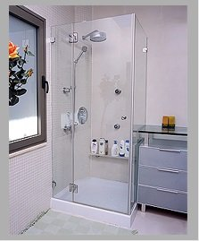 חמישה טיפים לשמירה על מקלחונים מעוצבים בזמן ניקיון